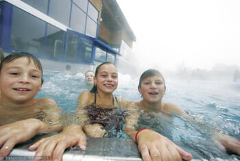 <de>Badewelt</de><en>Swimming</en><fr>Baignade</fr>